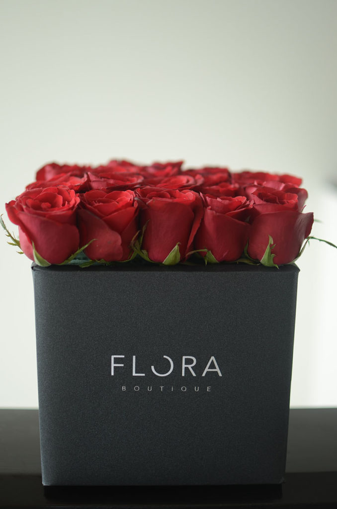 Rosas rojas en caja
