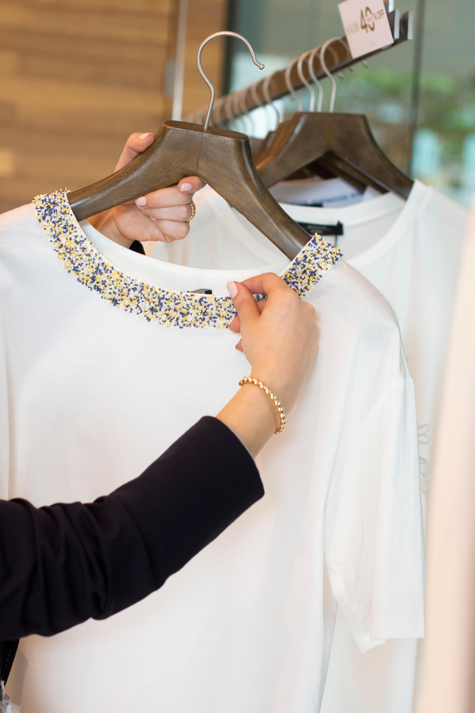 Modelo vestido blanco - Styling Room